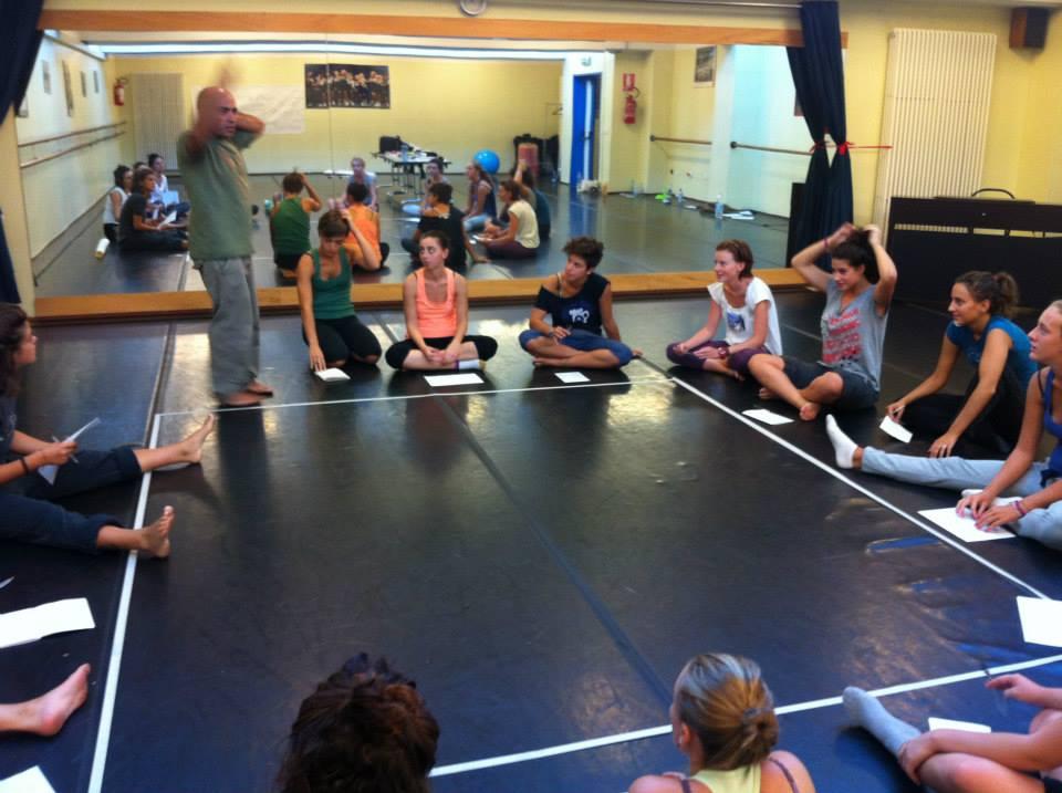 http://www.danzaurbana.eu/associazione/wp-content/uploads/2016/05/IMG_Phren_2_n.jpg