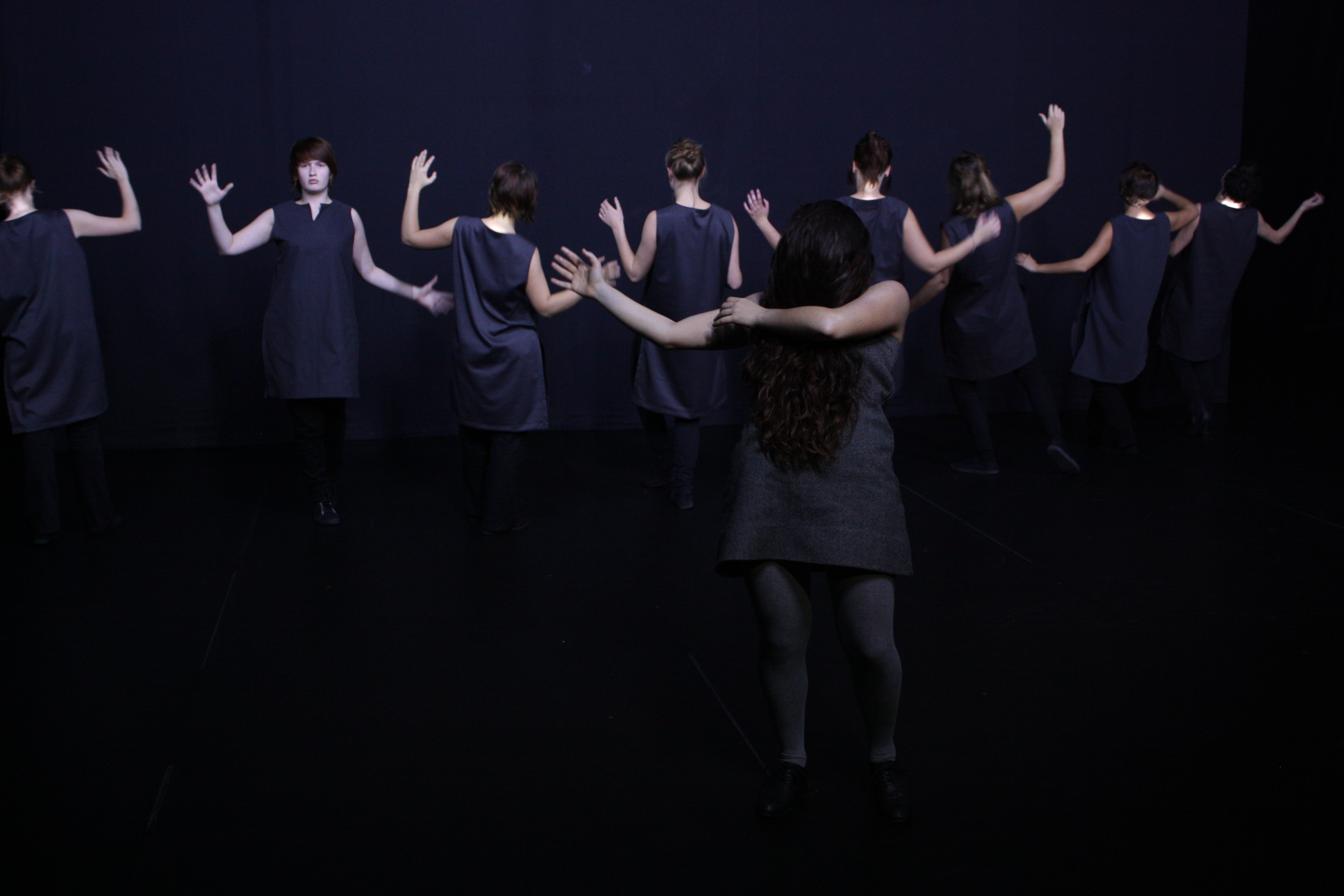 http://www.danzaurbana.eu/associazione/wp-content/uploads/2017/06/CREDITS-Demetrio-Castellucci_DeweyDell.jpg