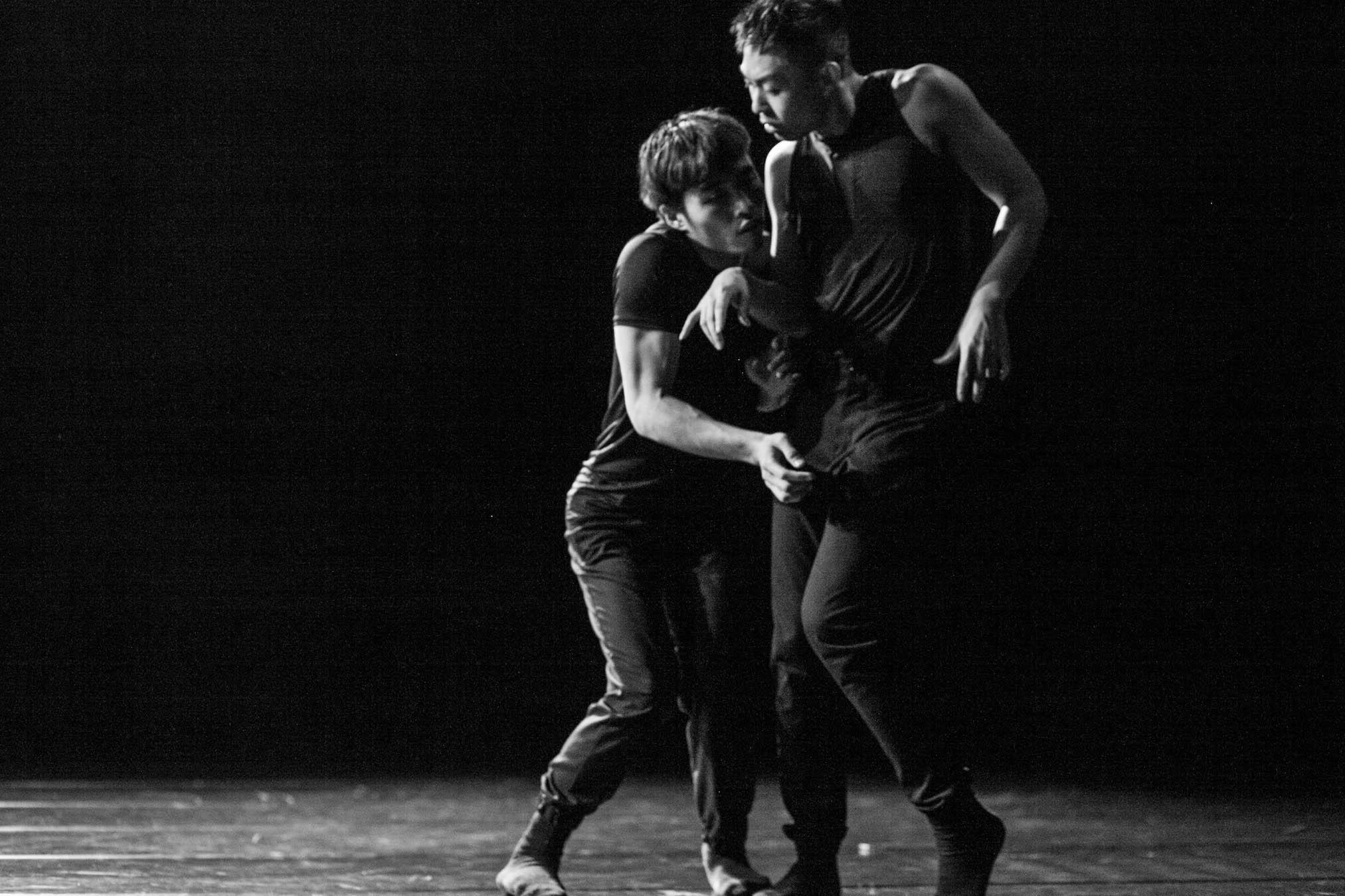 http://www.danzaurbana.eu/associazione/wp-content/uploads/2018/05/Masdanza_Hugin_Munin_2016.jpg